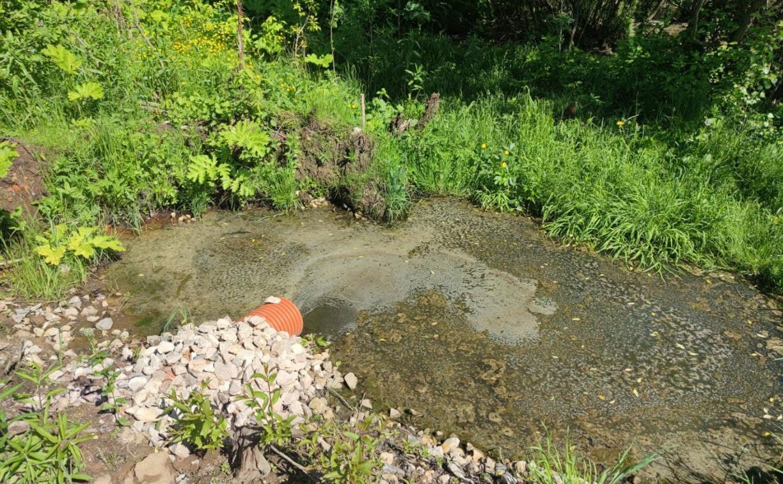 Жители Октябрьского поселка: «С автостанции «Северная» в наш пруд текут грязные стоки»
