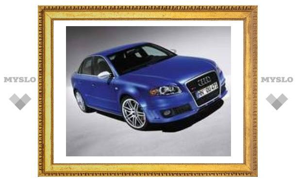 Audi не собирается расставаться с седаном RS4