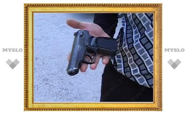 На станции Оболенская под Тулой у мужчины украли дорогую технику и пневматический пистолет