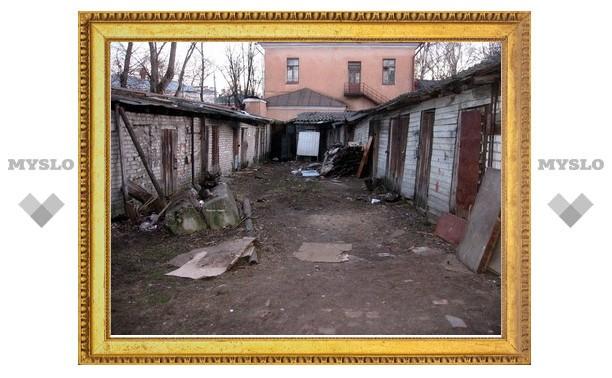В Щекине в гараже изнасиловали девушку