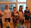 В Туле торжественно выписали новорождённых