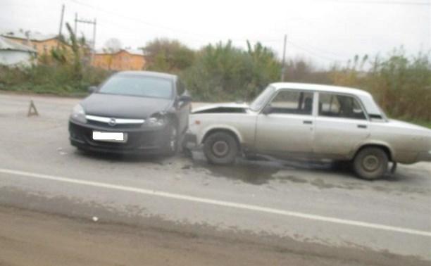 В Тульской области в авариях пострадали три человека