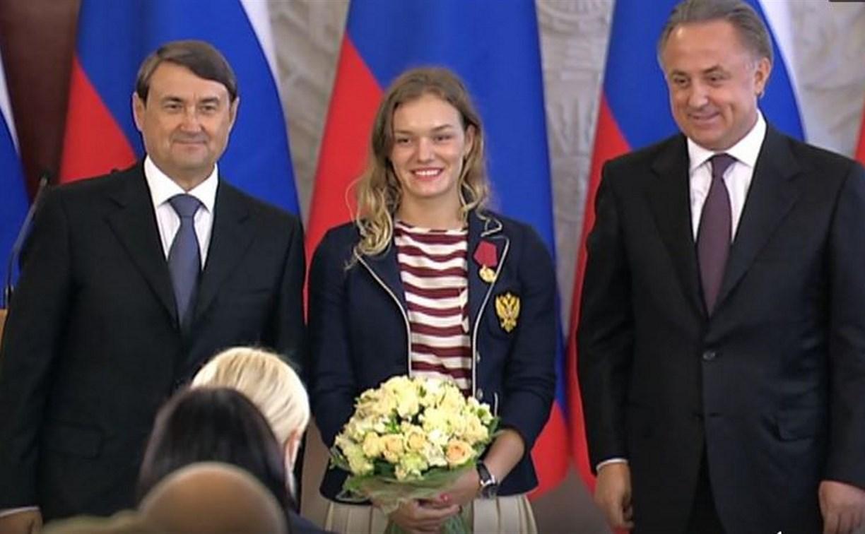 Анастасия Войнова и Сергей Семёнов получили государственные награды