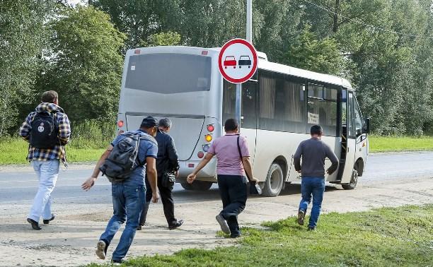 После закрытия Баташевского моста жители Молодежного по часу ждут автобус