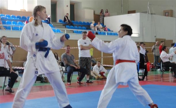 Тульские каратисты показали свое мастерство в Нижнем Новгороде