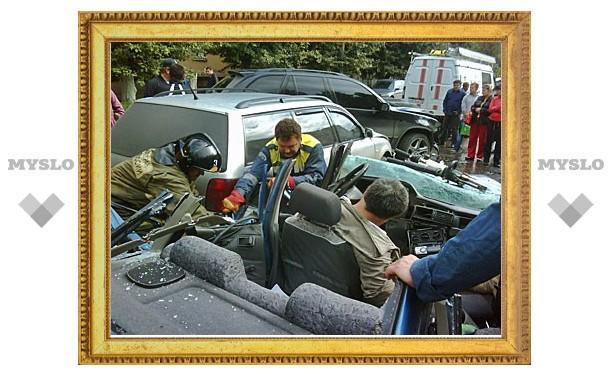 На улице Металлургов произошло серьезное ДТП