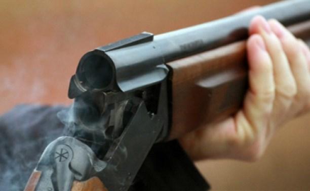 В Тульской области мужчина выстрелил из ружья в соседа, который спьяну перепутал квартиры
