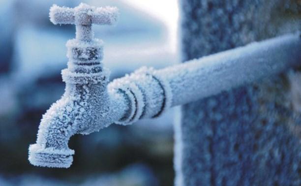 Жители Щегловской засеки уже третьи сутки сидят без воды
