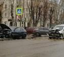 В жестком ДТП на проспекте Ленина пострадали два человека