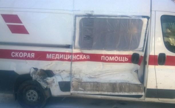 В Алексине столкнулись Skoda и автомобиль «скорой помощи»