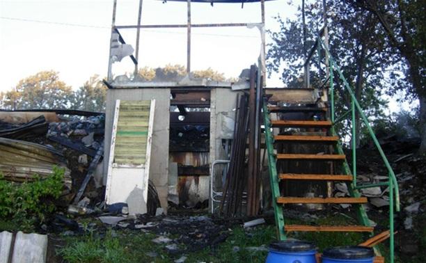 Под Тулой дотла сгорела деревянная дача