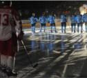 Хоккеисты открыли сезон в НХЛ благотворительной акцией