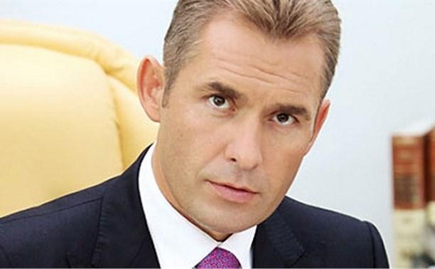 Павел Астахов предложил ввести ответственность за оставленных в машине детей