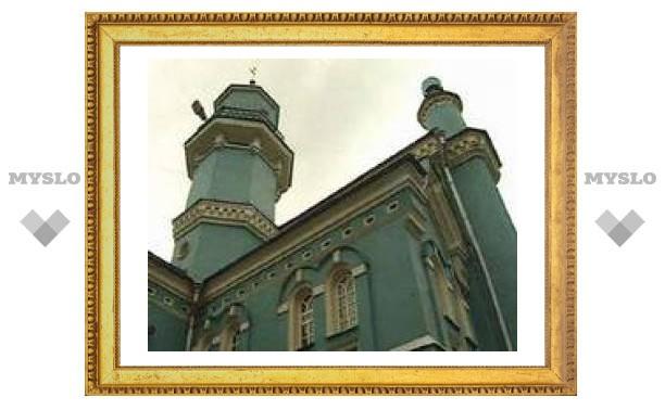 Православные активисты - против строительства Моборной мечети в Москве