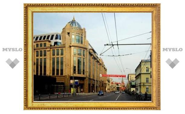 Медведева попросили запретить реконструкцию исторических памятников