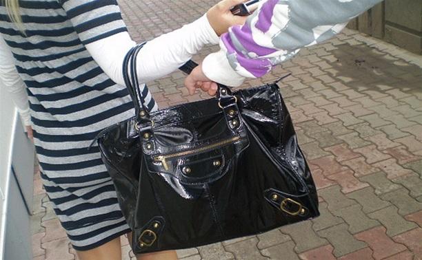 В Алексине подростка судят за ограбление