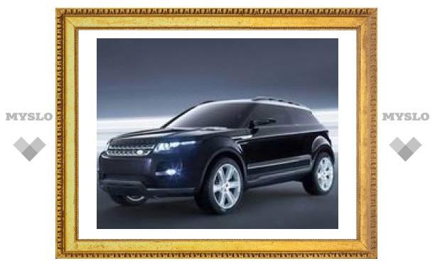 Land Rover показал новую версию трехдверного кроссовера LRX