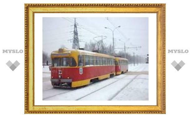 ЧП в Туле: семь трамваев стоят в пробке