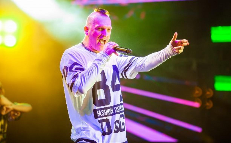 В Узловой выступят певец NЮ и группа «Кар-Мэн»