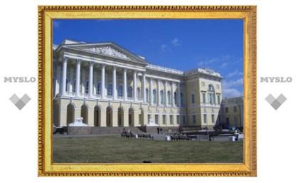Медведеву предложили запретить передачу древних икон церкви