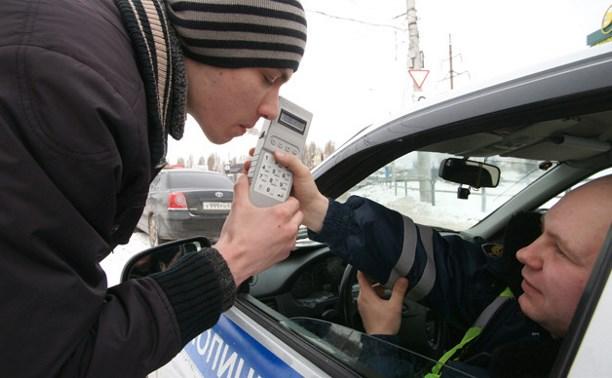На рейдах ГИБДД в выходные задержали 12 нетрезвых водителей