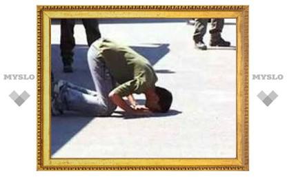 """Израиль выпускает из тюрем 429 палестинцев, в основном из """"Фатх"""""""