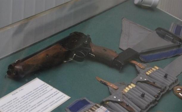 Разработанный в Туле пистолет космонавтов передадут в дар Московскому Кремлю