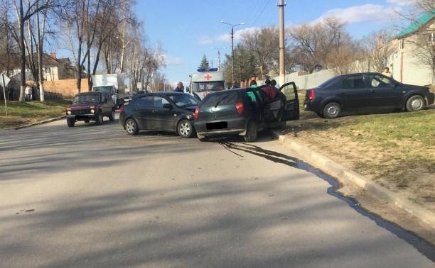 В Щёкино в ДТП пострадали три человека