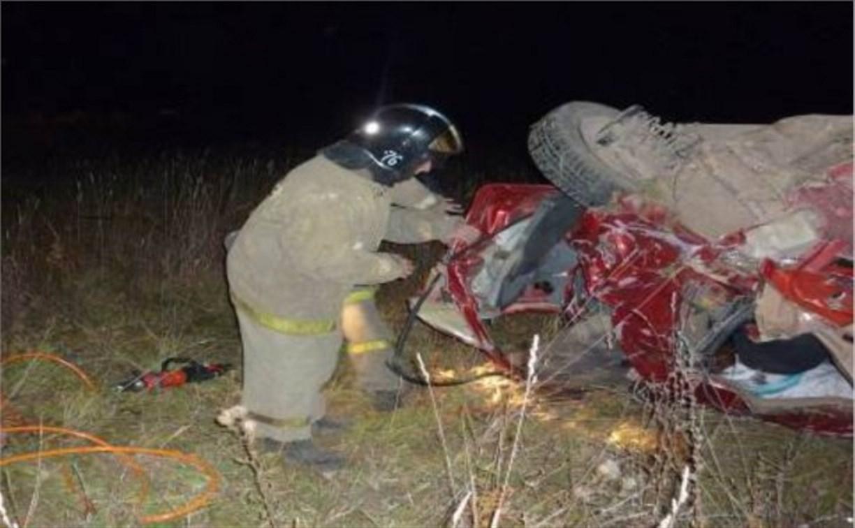 В ночном ДТП в Ясногорске погибли три человека