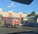 На улице Октябрьской в Туле столкнулись «Лада» и Hyundai