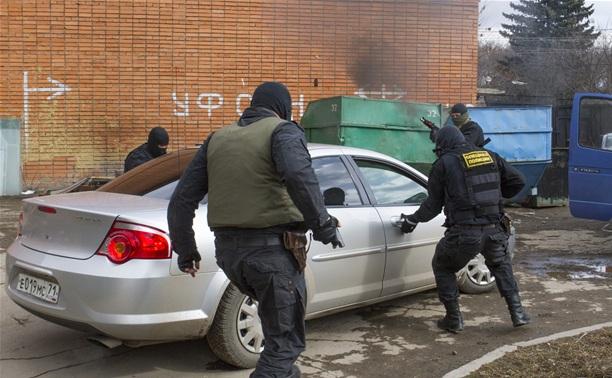 """Тульский наркоконтроль показал школьникам, как задерживают """"террористов"""""""