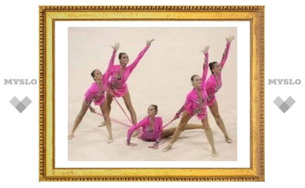 Сборная России по художественной гимнастике ушла из спорта полным составом