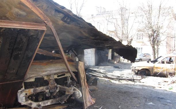 Жителей по ул. Немцова терроризируют поджигатели