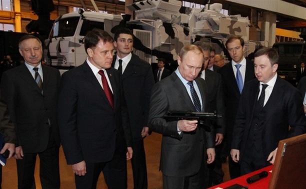 Владимиру Путину показали новейшие разработки тульского КБП