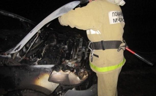В Ефремовском районе сгорела иномарка