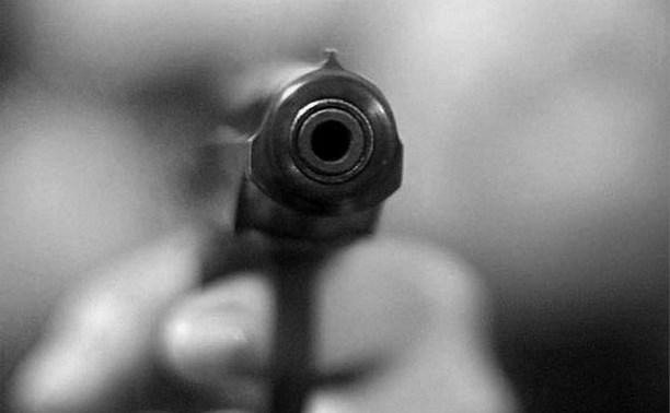 Житель Новомосковска ограбил магазин при помощи найденного пистолета