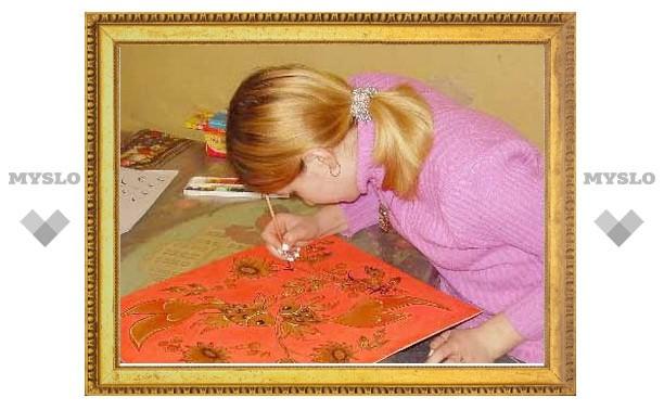 Юные художники Богородицка организовали выставку