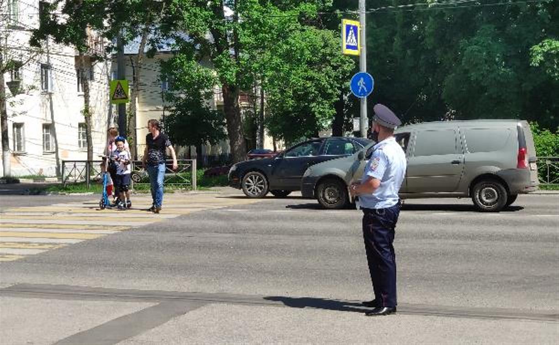 В Тульской области за выходные сотрудники ГИБДД поймали более 8,5 тысяч нарушителей ПДД