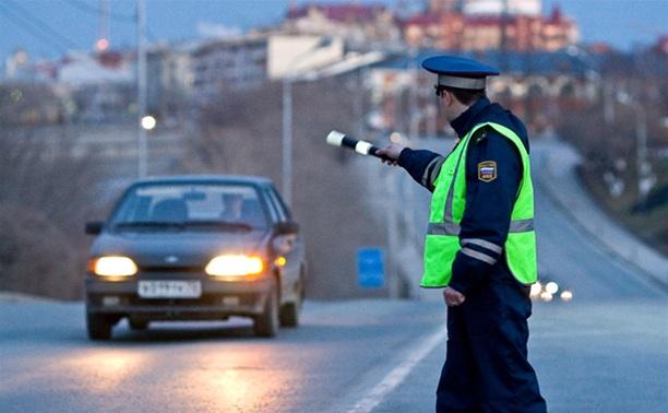 Сотрудники Госавтоинспекции взяли тульских водителей в «Кольцо»