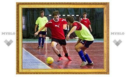 В Тульской лиге любителей футбола осталось сыграть два тура