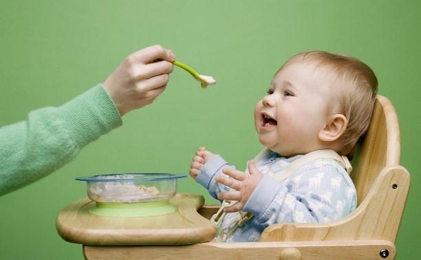 В России приняли программу оптимизации питания детей раннего возраста