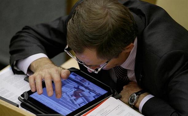 Чиновников обязали выкладывать в твиттер фотоотчеты об установке остановочных павильонов