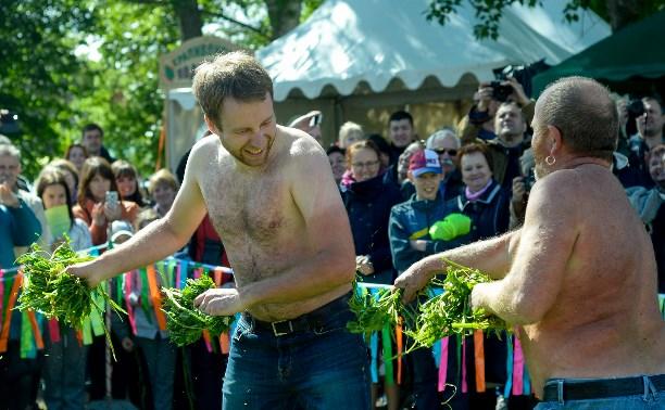Юбилейный фестиваль Крапивы. Большой фоторепортаж
