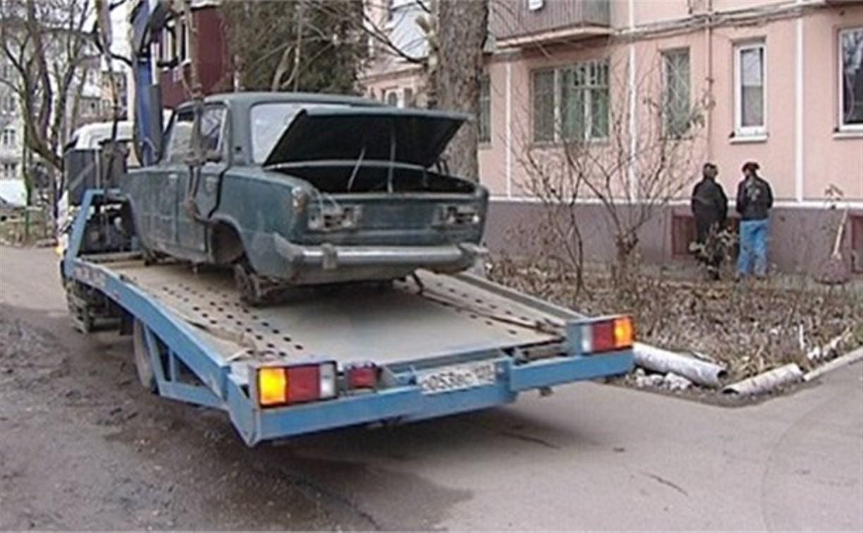 С тульских улиц начали эвакуировать брошенные автомобили