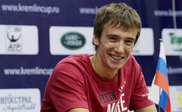 Тульский теннисист успешно стартовал на турнире в Барселоне