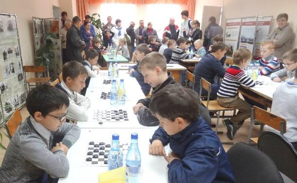 Белёв принял турнир по русским шашкам