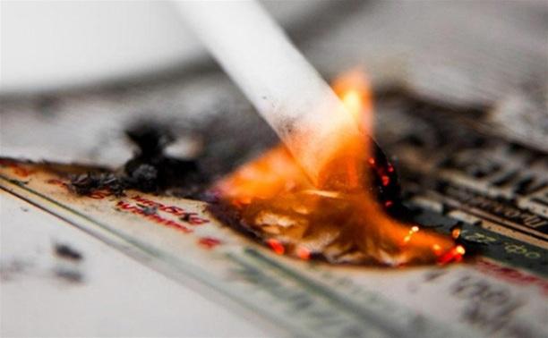 В Алексинском районе три человека чуть не погибли из-за непотушенной сигареты