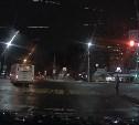 В Туле на Красноармейском проспекте троллейбус проехал на красный: видео