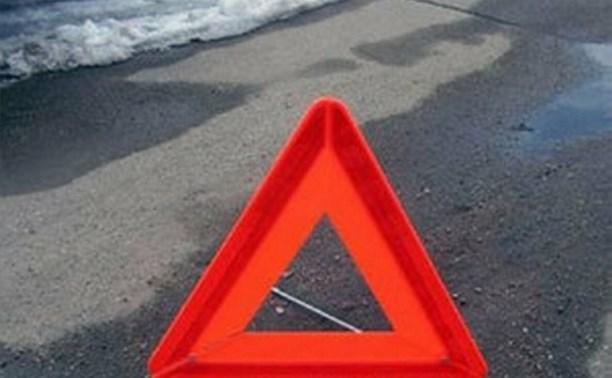В Туле водитель легковушки протаранил автомобиль с полицейскими