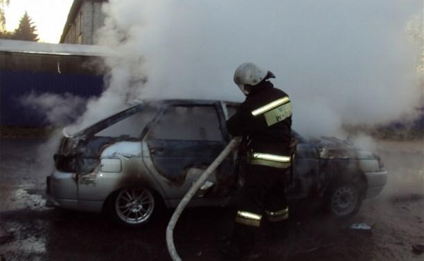 В Ефремовском районе сгорел ВАЗ-2112